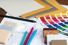 Il progetto interno con la tavolozza, campioni materiali, disegna a matita 5 Fotografia Stock