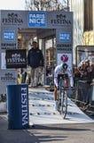 Il prologo 2013 di Velits Peter Parigi del ciclista Nizza in Houilles Immagini Stock Libere da Diritti
