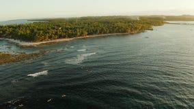 Il punto della spuma sull'isola di Siargao ha chiamato la nuvola 9 archivi video