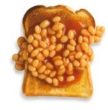 Il punto di vista ambientale dei fagioli su pane tostato ha isolato il percorso Immagini Stock Libere da Diritti