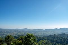 Il punto di vista delle montagne e della città di Phetchabun a Khao Kho Royal Palace, Phetchabun fotografia stock