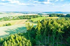 Il punto di vista di paese rurale ceco da sopra Immagine Stock