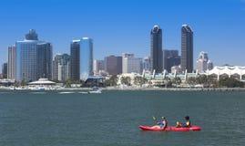 Il punto di vista di un kajak di San Diego Bay e del centro Immagine Stock Libera da Diritti