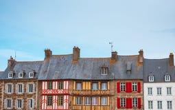 Il punto di vista panoramico del francese tipico alloggia la Bretagna Fotografie Stock Libere da Diritti