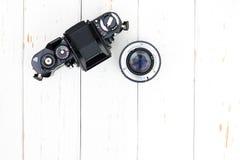 Il punto di vista superiore del corpo della fotocamera anziano e len Immagine Stock Libera da Diritti