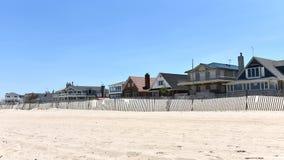 Il punto ventilato si dirige la spiaggia privata del oceanfront delle regine New York fotografie stock libere da diritti