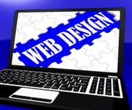 Il puzzle di web design sul taccuino mostra la creatività online Fotografie Stock