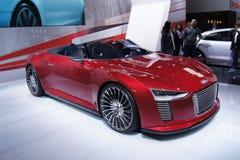 Il Qatar Motorshow 2011 - Audi E-tron Fotografia Stock