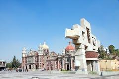 Il quadrato con la basilica antica del nostro Maria di Guadalupe, m. Fotografia Stock Libera da Diritti