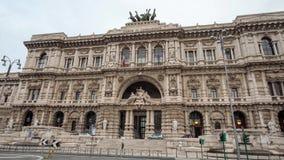 Il quadrato di Tribunali di dei della piazza a Roma archivi video