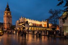Il quadrato principale del mercato a Cracovia Fotografia Stock