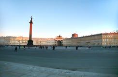 Il quadrato in San Pietroburgo, Russia del palazzo Fotografia Stock Libera da Diritti