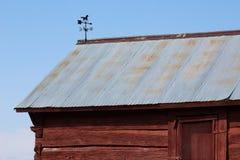Il quadrato spaccato mano ha armato in legno la cabina di ceppo Immagini Stock