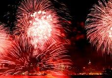 Il quarto dei fuochi d'artificio di luglio in NYC Fotografia Stock Libera da Diritti