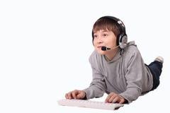 Il ragazzo con la tastiera Fotografia Stock Libera da Diritti