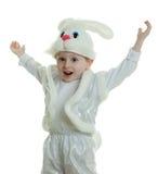 Il ragazzo in un vestito di un coniglio immagini stock