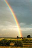 Il Rainbow del Farmstead Fotografia Stock