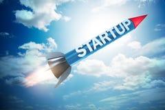Il razzo nel concetto di creazione di imprese - rappresentazione 3d Immagini Stock