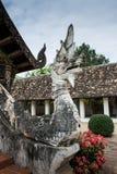 Il re dei Nagas alla porta di un tempio buddista immagine stock libera da diritti
