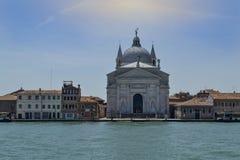 Il Redentore från den Giudecca kanalen royaltyfria bilder
