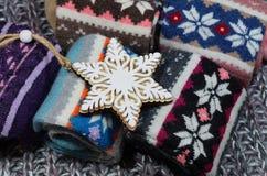 Il regalo popolare di Natale per - i calzini della lana Immagine Stock Libera da Diritti