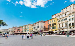 Il reggiseno della piazza è la più grande piazza a Verona, Italia Fotografia Stock