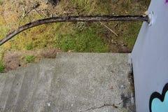 Il resti di un corrimano per le scale fotografia stock libera da diritti