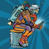 Il retro astronauta del robot nella posa del pensatore legge lo smartphone Immagini Stock
