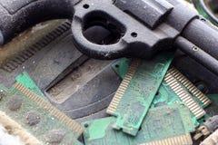 Il retro gamepad, regolatore e console del gioco hanno riguardato il VI concetto delle tecnologie obsolete ed antiquate della pol immagini stock libere da diritti