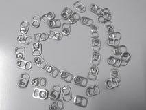 Il riciclaggio del coperchio di alluminio può essere usato per fare le gambe artificiali Fotografia Stock Libera da Diritti