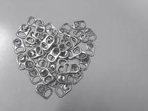 Il riciclaggio del coperchio di alluminio può essere usato per fare le gambe artificiali Fotografie Stock Libere da Diritti