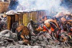 Il riso glutinoso ha arrostito in giunti di bambù Fotografie Stock Libere da Diritti
