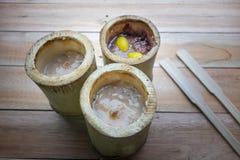 Il riso glutinoso ha arrostito in giunti di bambù Immagine Stock Libera da Diritti