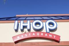 Il ristorante di IHOP firma dentro gli Stati Uniti Fotografia Stock Libera da Diritti
