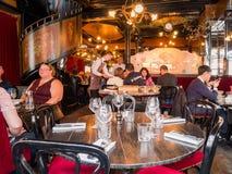 Il ristorante famoso di L'Escargot Montorgueil fotografie stock libere da diritti