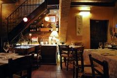 Il ristorante ha chiamato Tavern in città medievale di Montefalco in Italia fotografie stock