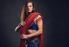 Il ritratto dello studio della femmina libera il clamber fotografia stock libera da diritti