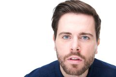Il ritratto di un giovane con confuso considera il suo fronte Fotografia Stock Libera da Diritti