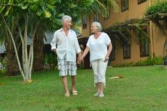 Il ritratto di una coppia senior all'hotel ricorre Fotografia Stock Libera da Diritti