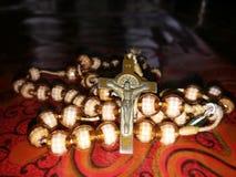 Il rosario santo immagini stock