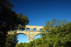 Il Rossiglione, Valchiusa, Francia - vista al Pont du Gard Aqueduct Fotografie Stock Libere da Diritti