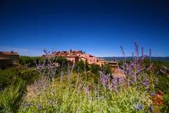 Il Rossiglione, Valchiusa, Francia - vista all'ocra Fotografia Stock Libera da Diritti
