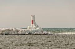 Il rosso ed il bianco possono con bello ghiaccio! Fotografie Stock