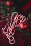 Il rosso scintilla bastoncini di zucchero Fotografia Stock