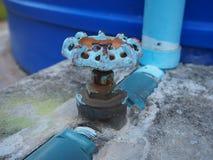 Il rubinetto blu Immagine Stock