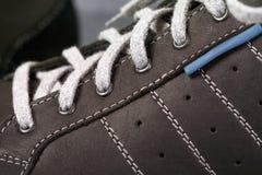 Il ` s degli uomini mette in mostra le scarpe Immagini Stock
