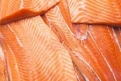 Il salmone affetta il fondo Fine in su Immagini Stock
