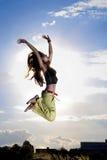 il salto della ragazza Immagini Stock Libere da Diritti