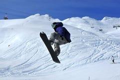 Il salto dello Snowboarder Immagini Stock Libere da Diritti