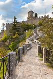 Il San Marino - Guaita o Rocca, la prima torretta immagini stock
